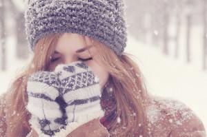 Согревание рук зимой